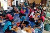 Puluhan siswa di Jayapura ikut pelatihan membuat gerabah