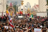 Thailand padamkan  aksi protes dengan larangan kumpul dan siarkan berita