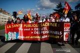 Kasus harian COVID-19 Prancis tembus di atas 30.000, ini pertama kalinya