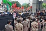 Polresta Banyumas siagakan 1.000 personel  amankan unjuk rasa