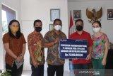 AP-1 Bandara Samrat bagikan 5.000 masker sosialisasi kebiasaan baru