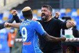 Napoli tampil gemilang di babak pertama untuk menang 4-1 lawan Atalanta