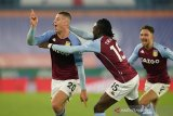 Villa lanjutkan tren positif dengan kemenangan dramatis atas Leicester