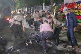 Perwira polisi nyamar jadi mahasiswa saat demo rusuh?