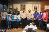 Kapolda Sulsel bantu dana untuk atlet voli korban banjir Luwu Utara