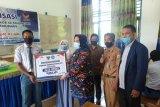Legislator Tina Nur Alam serahkan beasiswa PIP di Konawe