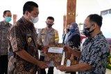 434 PKL Kota Magelang terima modal usaha
