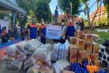 BRI serahkan bantuan  korban kebakaran di Dok IX Jayapura