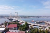 Presiden Joko Widodo resmikan ikon baru Jembatan Teluk Kendari
