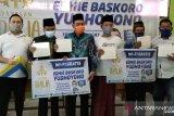 Ibas SBY bagikan perangkat Wifi gratis peringati Hari Santri