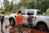 Jalan dua desa di Kapuas putus akibat banjir