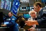 Wall Street menunggu hasil pemilu AS yang ketat