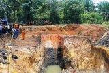 Kapolda- Gubernur Sumsel tinjau  lokasi tambang ilegal di Muara Enim