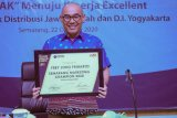 GM PLN Jateng -DIY raih penghargaan Best Industry Marketing