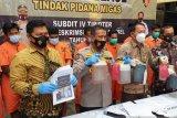 Ditreskrimsus Polda Sumsel gagalkan pengiriman  BBM ilegal ke Padang