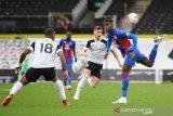 Crystal Palace memperpanjang awal musim buruk Fulham