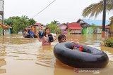 Puluhan rumah di Muara Teweh terendam banjir