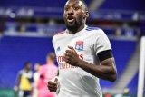Lyon cukur Monaco dengan skor 4-1