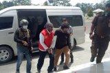 Petugas Keamanan PT Freeport kolaborator KKB jalani sidang perdana