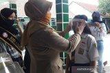 3.000 alat pelindung wajah dibagikan untuk siswa SMP di Temanggung