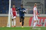 Dwigol Duvan Zapata menyelamatkan Atalanta dari kekalahan kontra Ajax