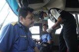 Bus pariwisata tanpa surat keterangan