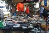Harga Ikan di Padang relatif stabil namun daya beli konsumen turun
