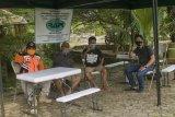 Warga pesisir Banten diminta  waspada gelombang enam meter