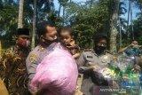 Polisi tiap bulan akan pantau kondisi anak gizi kurang di Nagari Kudu Gantiang Barat Padang Pariaman
