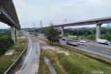 254.673 kendaraan tinggalkan Jakarta lewat tol Cikampek pada libur panjang