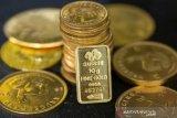 Emas stabil saat data AS yang lemah hentikan reli Wall Street