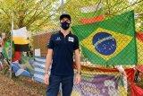 Pierre Gasly kenakan helm khusus mengenang Senna di Imola