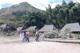 Kondisi Bale Adat Desa Sembalun Lawang memprihatinkan