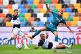Ibrahimovic sumringah gol akrobatiknya jadi penentu kemenangan  AC Milan