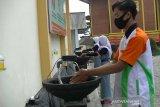 Siswa SMKN Bansari Temanggung buat alat cuci tangan otomatis cegah COVID-19