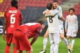 Liga Champions, Muenchen gilas Salzburg 6-2