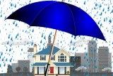 Kiat perawatan rumah saat hadapi musim hujan