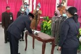 Wali Kota Sorong lantik Sekretaris Daerah Yakop Karet