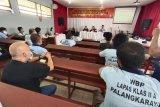 KPU Palangka Raya sosialisasikan tahapan Pilkada Kalteng di lapas