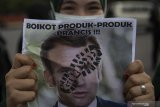 Aksi Boikot Produk Prancis Di Palembang