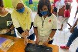 PLN NTT latih puluhan perempuan Sumba Timur olah hasil laut