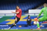 Akibat unggahan di media sosial, Cavani diskors tiga pertandingan
