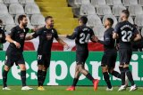 Granada tundukkan Valencia pada laga yang dinodai tiga kartu merah