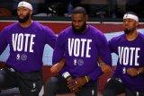 LeBron James, Megan Rapinoe, atlet AS menyambut kemenangan Biden