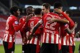 PSV Eindhoven gasak 10 pemain Willem II 3-0