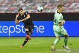 Alario ukir dwigol saat bantu Leverkusen tundukkan Gladbach 4-3
