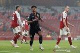 Arsenal di permalukan Aston Villa di Emirates