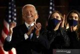 Usai terpilih, Joe Biden telepon pemimpin Jepang, Korea Selatan, Australia