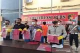 Polisi tahan mantan kades gelapkan uang desa Rp232 juta