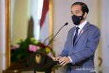 Presiden Joko Widodo anugerahkan Tanda Jasa dan Tanda Kehormatan pejabat negara